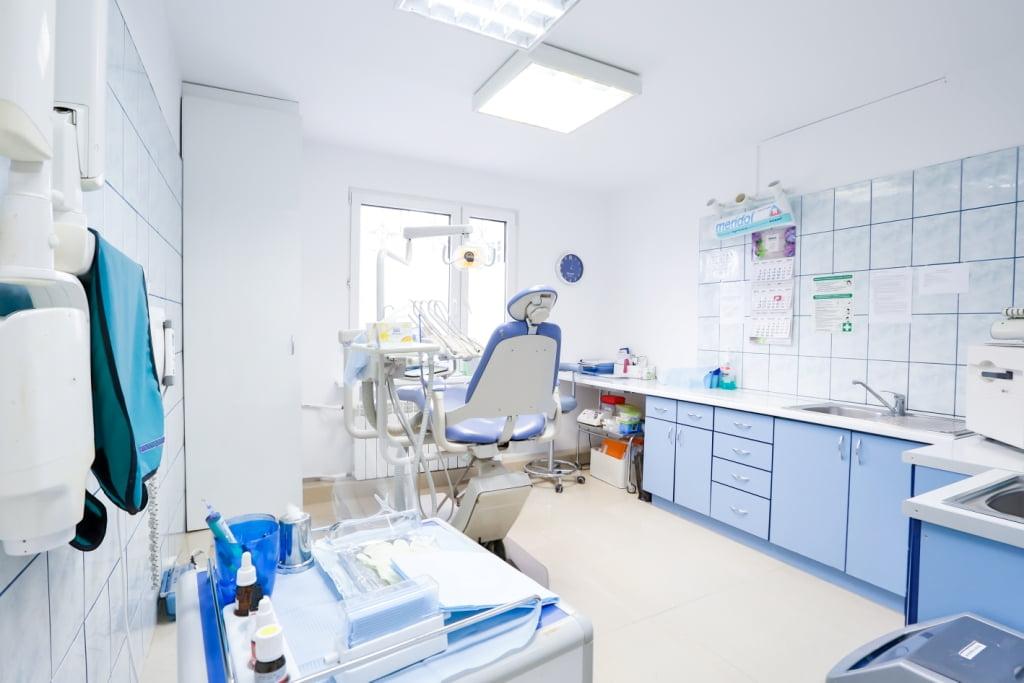 Centrum Stomatologiczne Demed - Ursynów